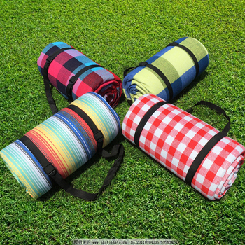 Hot outdoor Waterdicht strand mat acryl picknick deken fleece