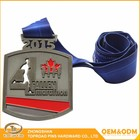 Promotional customized craft design Canada Fourth Anniversary Marathon Engraved Souvenir Medal Square Metal Winner Medal