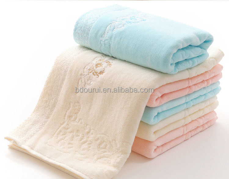 Hotsale orgnic 100% cotton soft and comfortable baby face <strong>towel</strong> kids <strong>towel</strong>