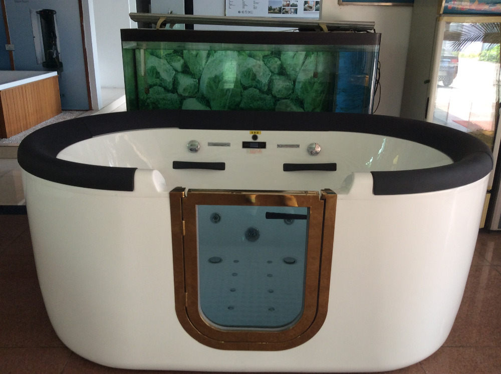 hs b1306 badewanne f r behinderte alte menschen bad f r. Black Bedroom Furniture Sets. Home Design Ideas