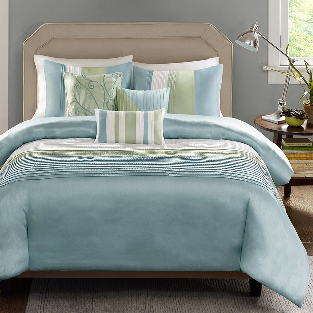 Madison Park Stylish Premium Quality Elegant Carter Green/ Blue 7 Piece Queen Size Comforter Set 1 comforter, 2 shams, 1 bed skirt and 3 decorative pillows