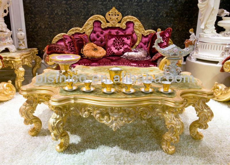 Mesa de café en casa de lujo, clásico europeo living sala de ...