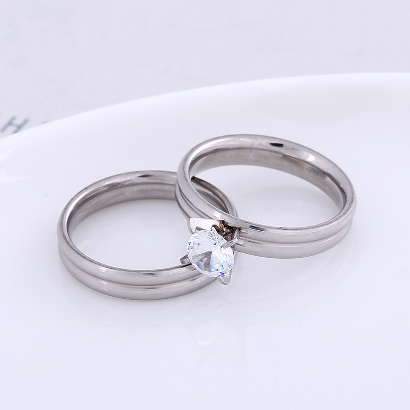 Latest smooth stainless steel ring set zircon couple ring accessories