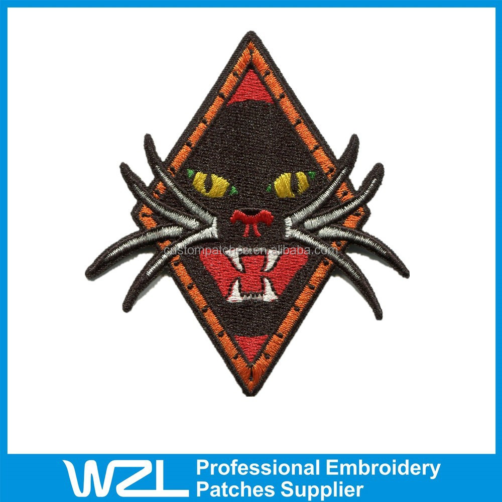Fashion design embroidery tiger patches in cheap price