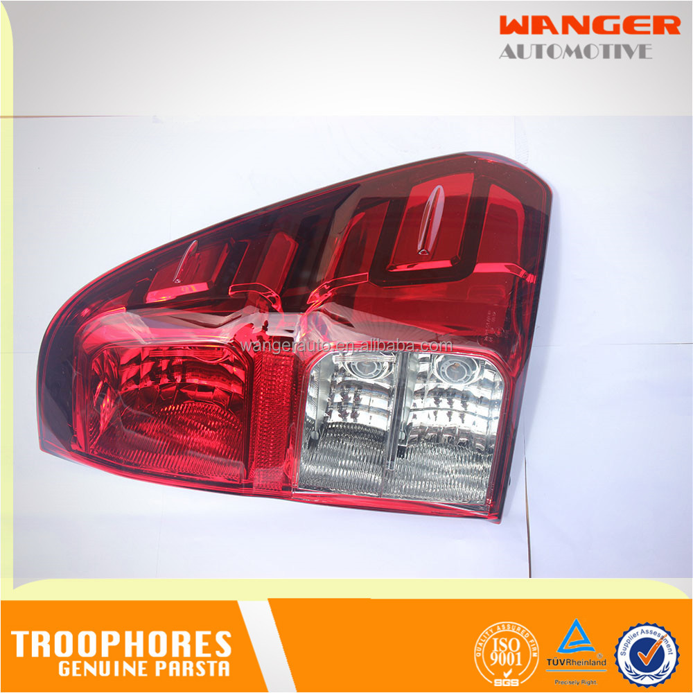 Taillight Right 81550-0K260 for TOYOTA HILUX 2016- 2KD KUN122