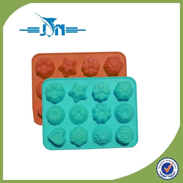 Multifunctional fleur de leys fondant silicone mold with low price
