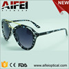 Newest fashion woman polarized sun glasses with pattern and smoke lens