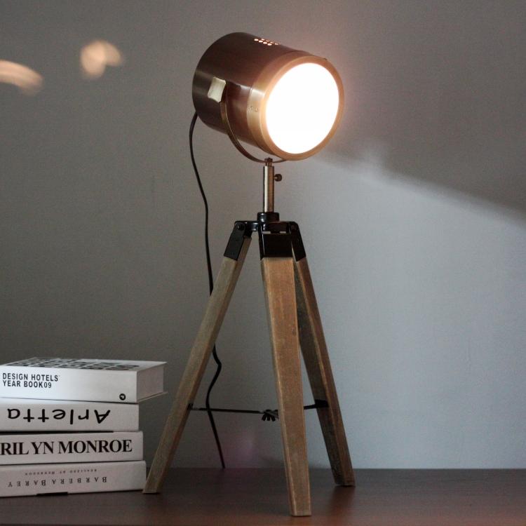 wonderland art retro royal air force wood tripod table lamps desk light searchlight copper color. Black Bedroom Furniture Sets. Home Design Ideas