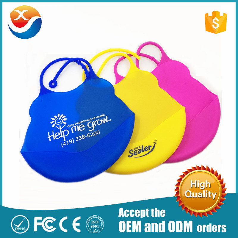 Environment Silicone Material Waterproof Baby Bibs With Adjustable Strap