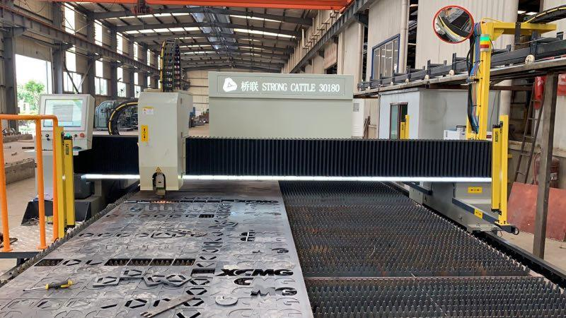 Big gantry fiber laser cutting machine for thick carbon steel sheet like 12 by 2meter or 14 by2.5meter