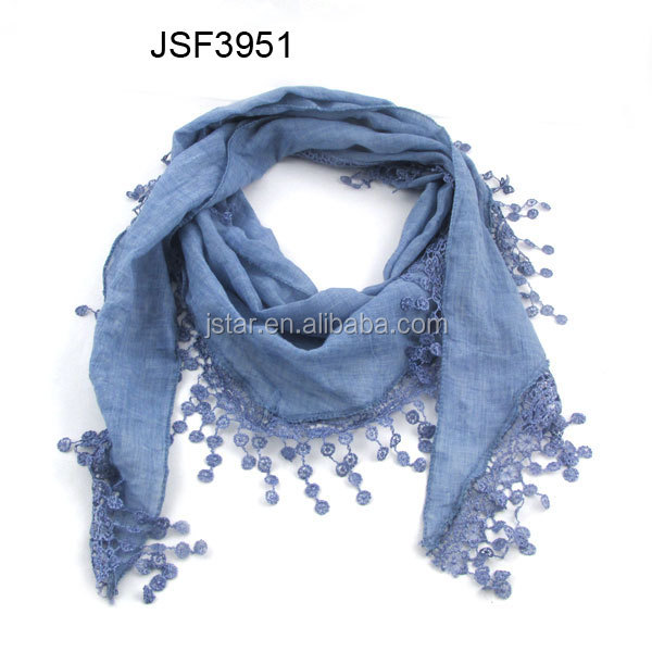 2015 hot sale polyester cotton scarf with tassel