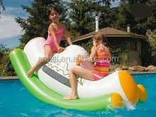 Fun to play on water banana arch shape double seats rocking boat with handle