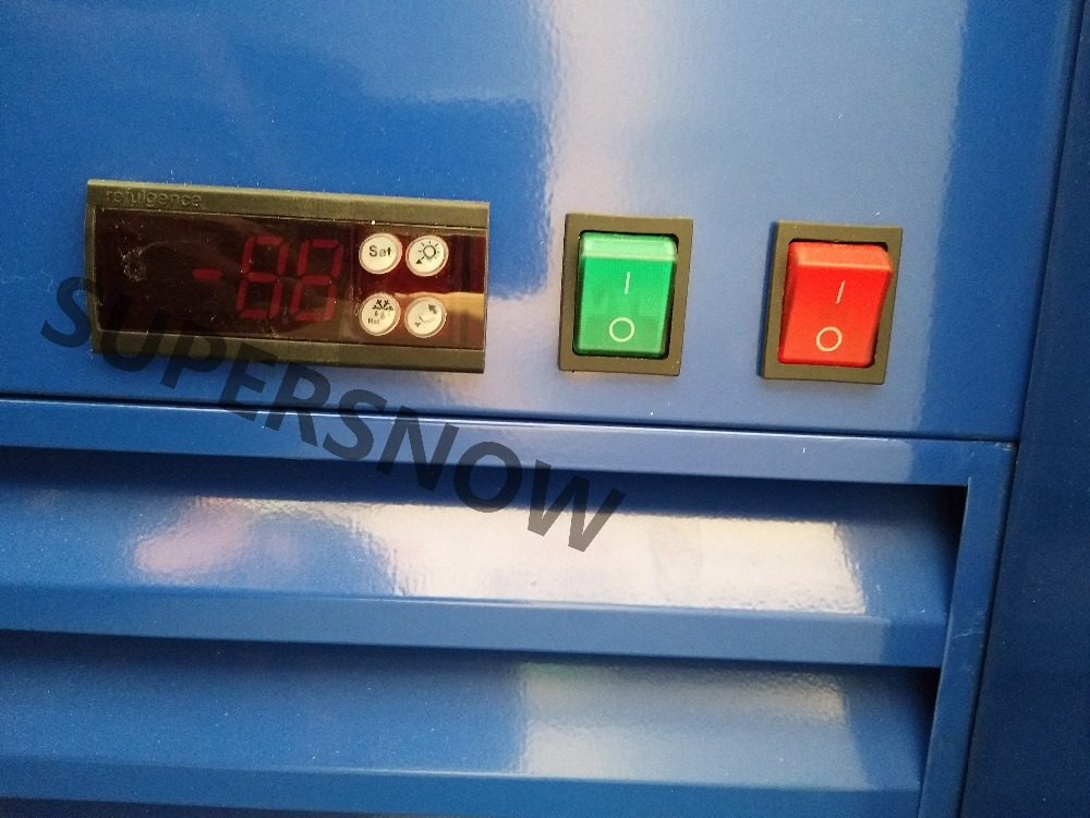 Kleiner Kühlschrank Red Bull : Finden sie hohe qualität rockstar energy drink kühlschrank