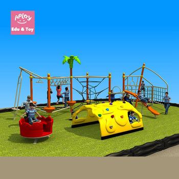 Utilizan Los Ninos Juegos Infantiles Al Aire Libre Con La Escalada