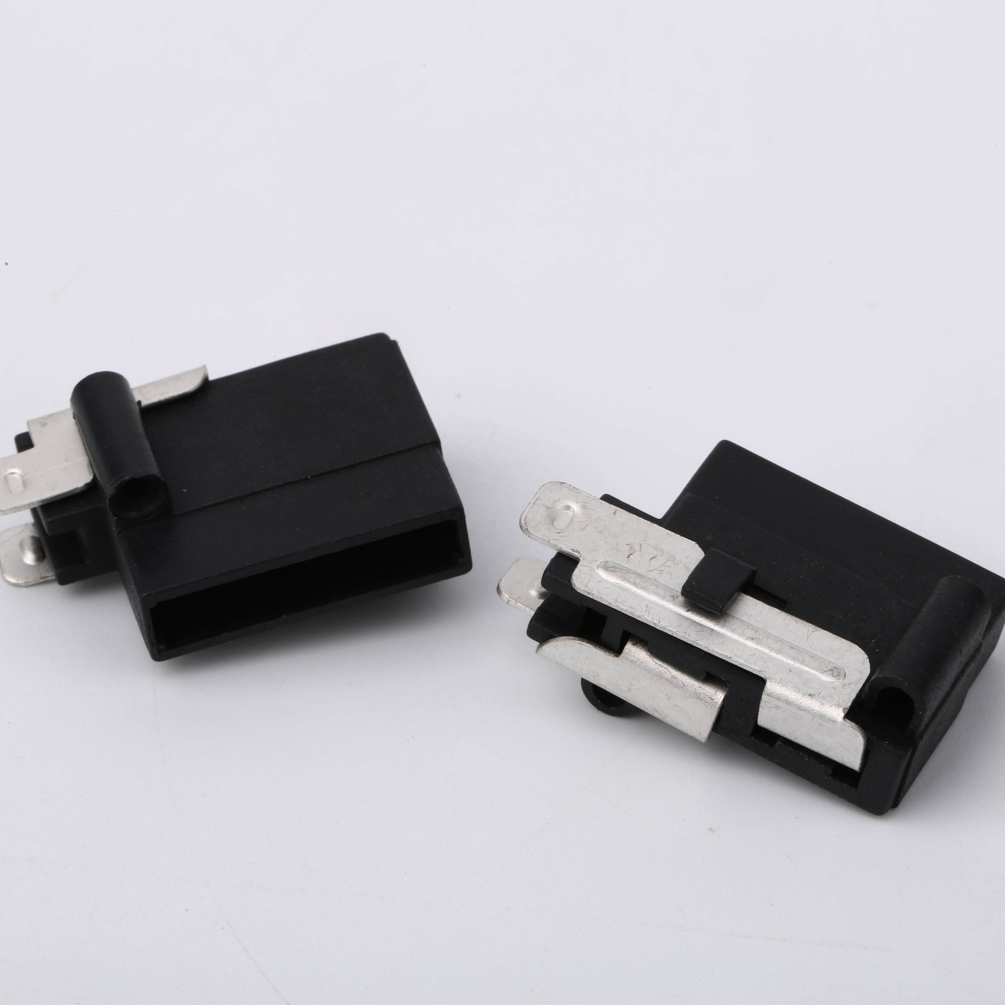 Professional Manufacturer Automotive Panel Mount Fuse Holder Block,Fuse  Clip For Cars - Buy Automotive Fuse Box,Panel Mounted Fuse Block,Auto Fuse  Product on Alibaba.comAlibaba.com