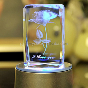 2016 Hot Selling Christmas Gifts Crystal Cube 3D Laser Engraving Rose Fancy Birthday Gift MH-FT0024