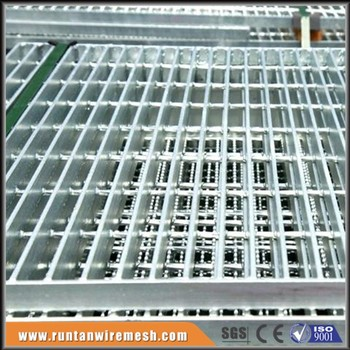 Galv metal floor catwalk steel grating buy catwalk steel for Catwalk flooring
