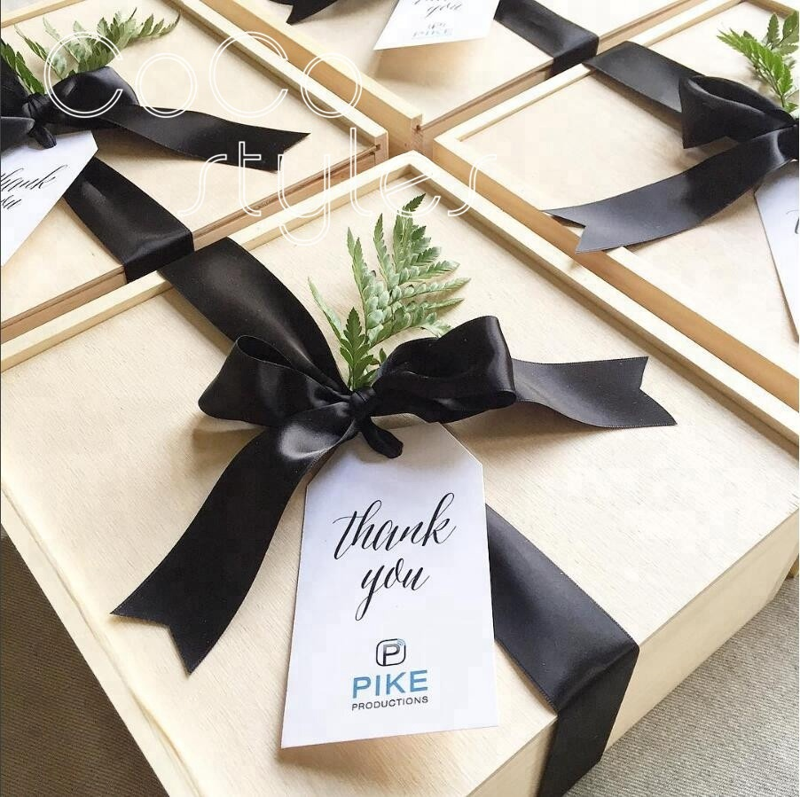 Cocostyles handmade elegant square wooden box for wedding party welcome box
