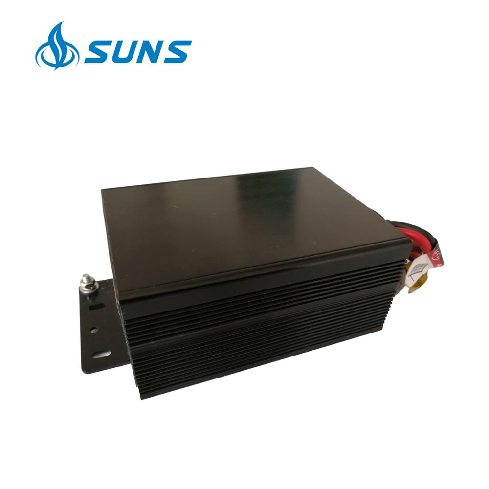 SUNS high quality 12V 24V AC DC hybrid solar street light <strong>charge</strong> <strong>controller</strong> 10A 20A