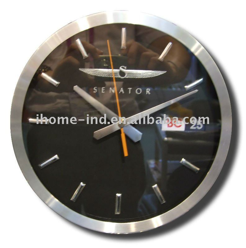 fashion aluminum calendar wall clock with date and day