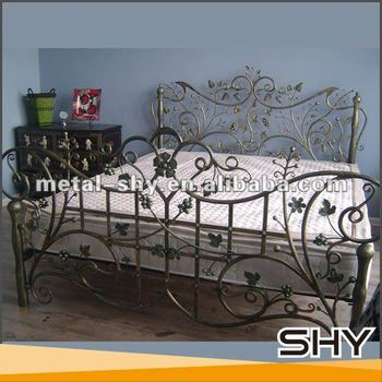 Antique Wrought Iron Cast Iron Bed Furniture For Sale