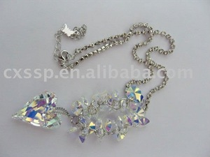 Necklace With Heart-shaped Pendent