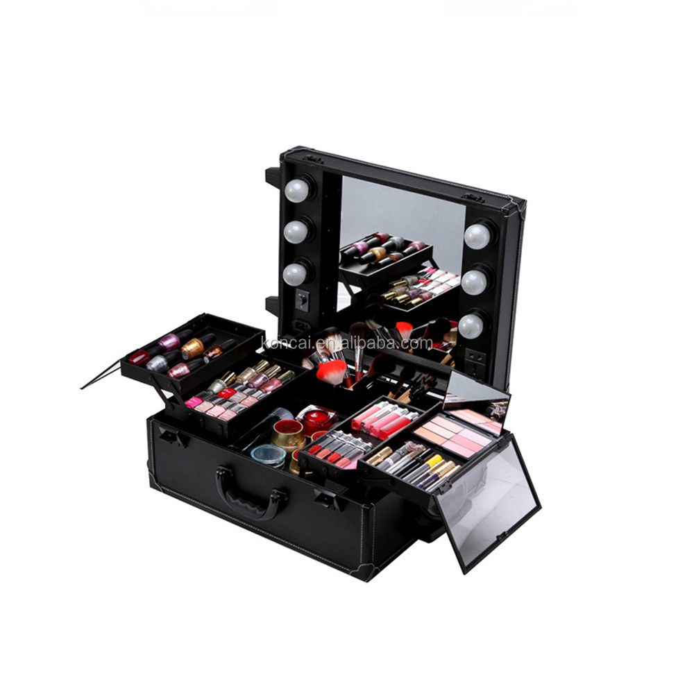 High Quality Professional Makeup Case 19