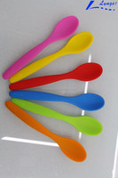 wholesale hot selling color changing spoon \ silicone spoon