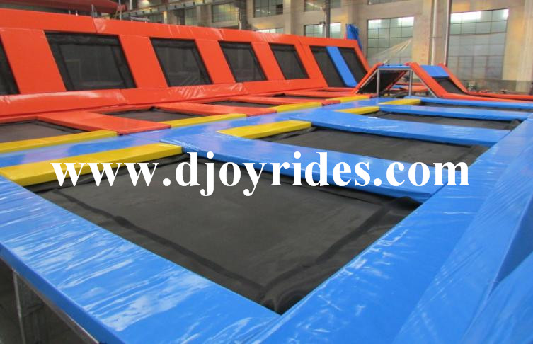 Hot Sale Professional Commercial Trampoline With Basketball Zone