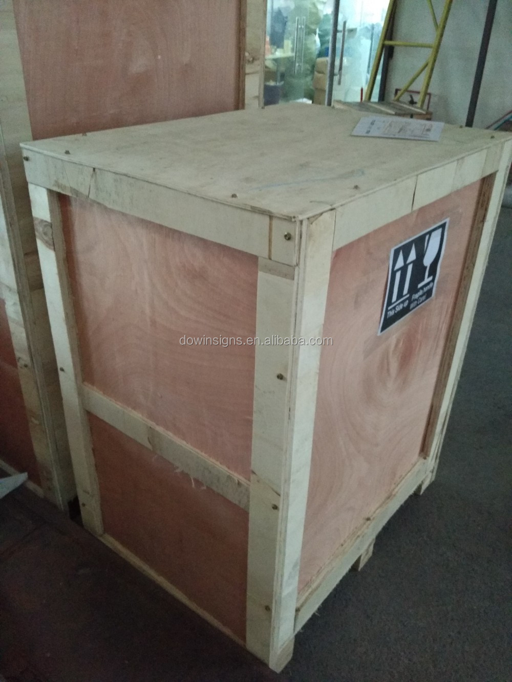portable mini fiber laser marking machine low price 10w 20w 50w
