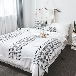 Waffle Pattern National Ethnic White Knitted Throw Blanket with Fringe