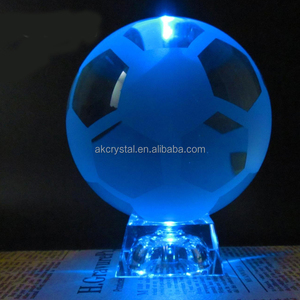 China factory price sports award trophy type, decorative crystal ball glass football with led light base