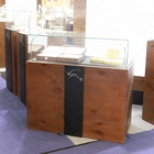 Beautiful appearance jewelry store furniture glass jewelry display showroom design