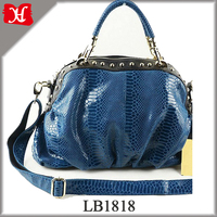 tote bag type handbags for shopping and travel