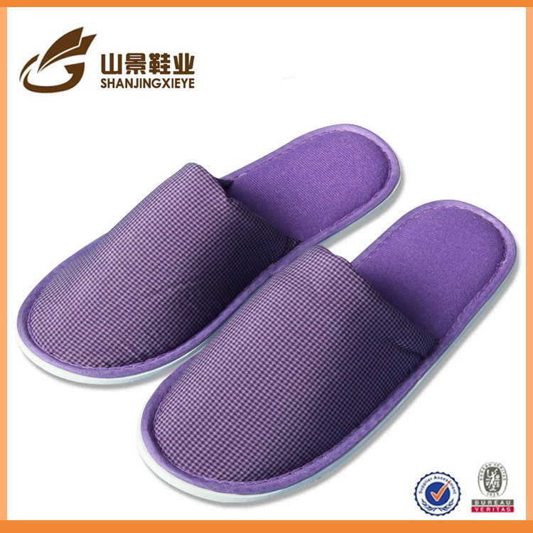 Open toe with embroidery logo newest hotel slippers