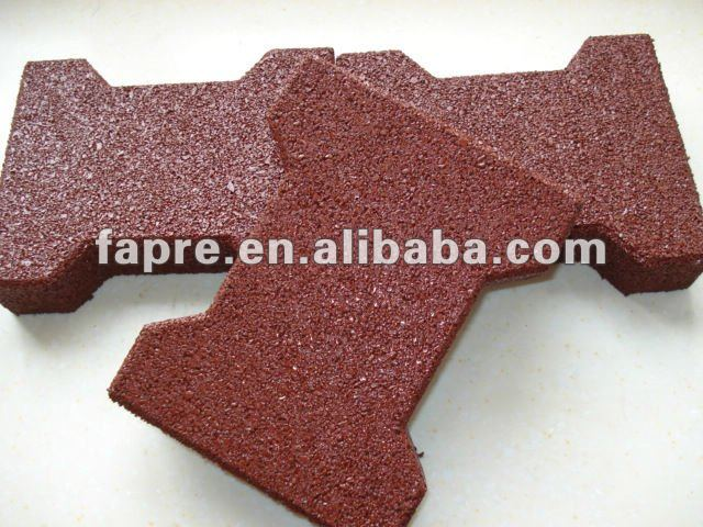 Aire de jeux en caoutchouc pav s tapis de sol caoutchouc recycl crumb mat os de chien ouvre Tapis de caoutchouc recycle