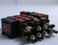 12V solenoid control hydraulic proportional valve by current control with joysticks