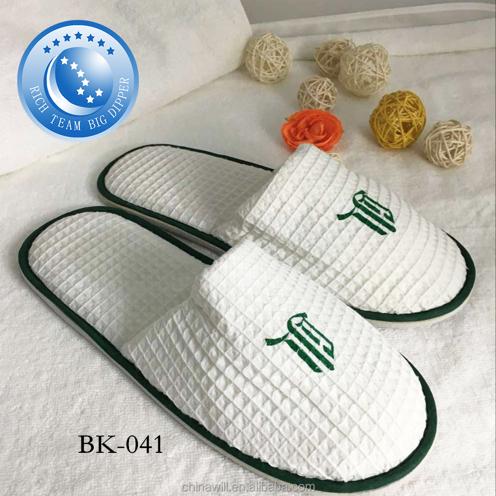 Cheap wholesale custom disposable slipper for hotel