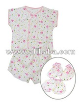 Baby set short sleeve with, short pant, gloves, baby shoes.