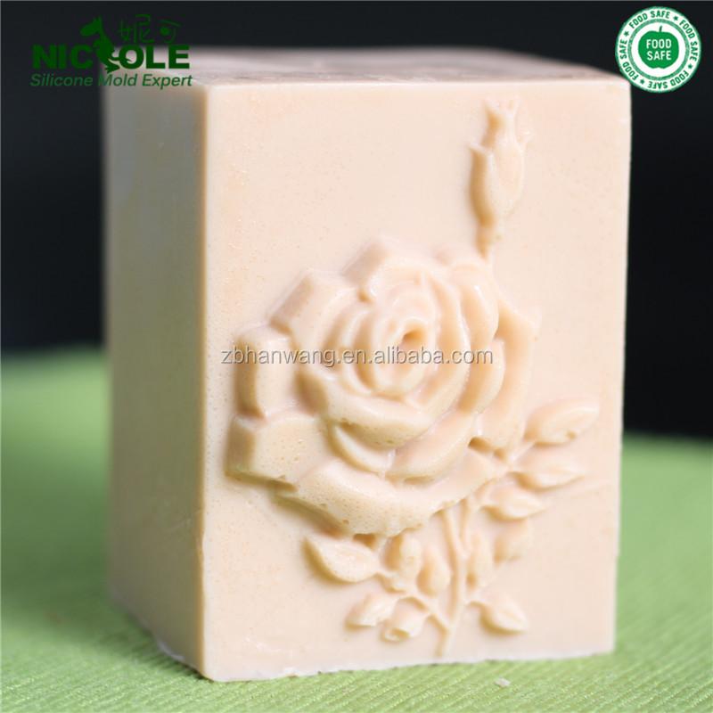 rectangular con flores decorativas de la vela molde de silicona