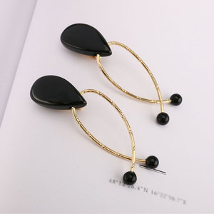 Zooying vintage irregular oval black bead teardrop shaped stud earring