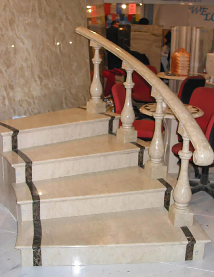 Natural Yellow Granite Step Interior Stone Stair Treads
