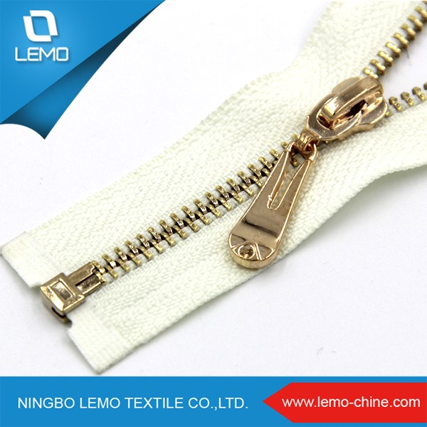 Over 800 Partner Factories White By The Yard Metal Jacket Zipper