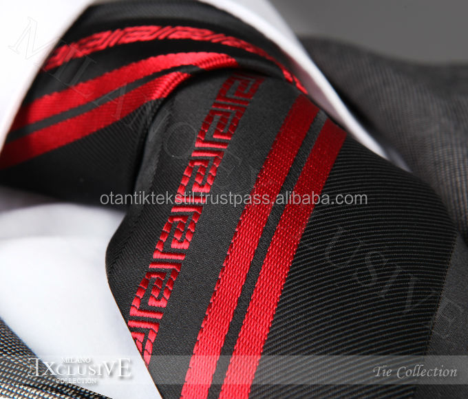 Silk tie, necktie, neck tie, corbata, gravate, krawatte, cravatta red and black
