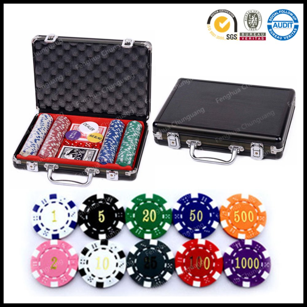 200PCS Royal Flush Poker Chips in zwarte aluminium behuizing