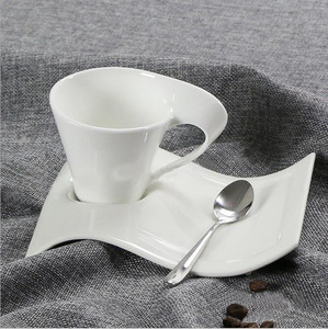 Wholesale Custom Unique Shapes Cheap High Quality White Ceramic Mugs With Saucer