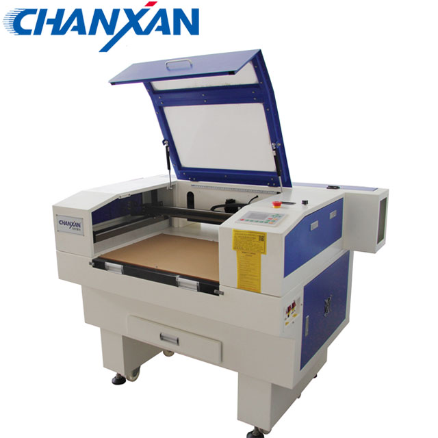 Suzhou Chanxan 6040 CO2 portable laser machine de découpe de verre