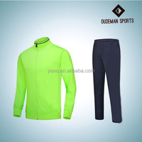Wholesale custom logo women/men polyester material tracksuit
