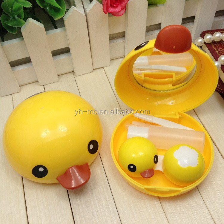 Yellow duck contact lenses box