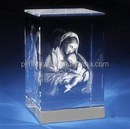 crystal glass cube with laser engraving the Virgin Mary logo MH-FT039